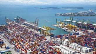 САЩ започват да събират по-високи мита за китайските стоки, пристигащи по море