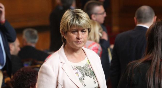 Весела Лечева: БСП участва в една неравностойна битка с ГЕРБ на европейските избори