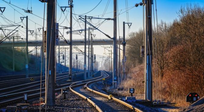 Снимка: НКЖИ ще отбележи Международния ден за безопасно преминаване през железопътните прелези