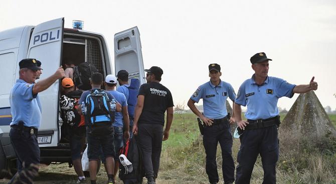 Снимка: Имигранти са биха в Босна. Полицията си траеше