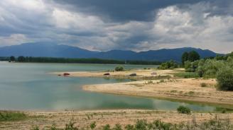 Няма опасност от преливане на язовири в Ловешка област