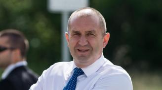Румен Радев ще участва в Петербургския международен икономически форум