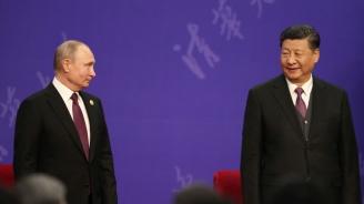 """Путин нарече Си Цзинпин """"приятел"""" преди срещата в Москва"""
