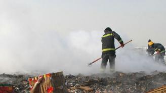 12 пожарникари пострадаха, докато опаковат фойерверки за 4 юли