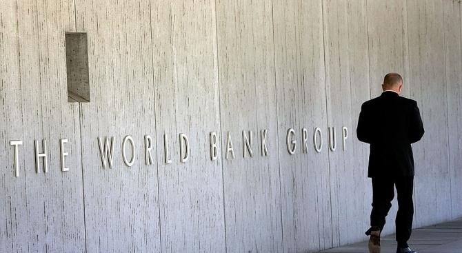 Банковият сектор на Русия остава сравнително слаб въпреки спасяването напоследък