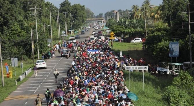 Властите да спрат да задържат деца в мигрантски център в Мексико сити, реши съд