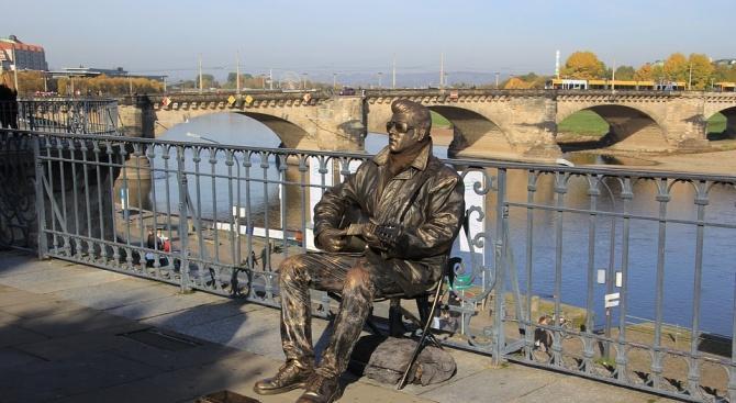 """""""Живи статуи"""" завладяват Русе за четири дни"""