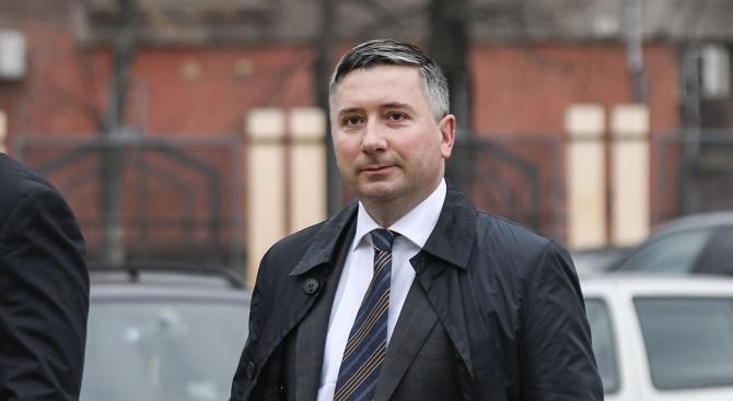Прокуратурата започна акция в офис на Прокопиев в центъра на София