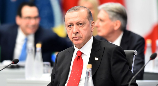 Турският президент Реджеп Тайип Ердоган потвърди вчера, че въпросът с