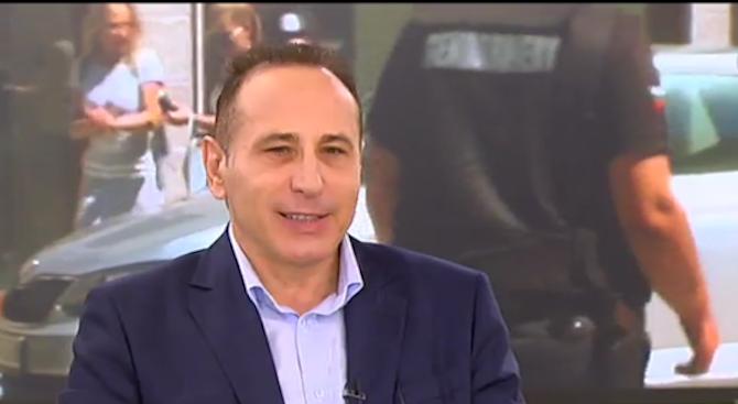 Проф. Иван Тодоров: Винаги изисквайте касова бележка при заплащане на кабелна телевизия