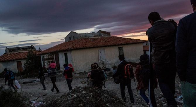 Албания разби мрежа за трафик на мигранти