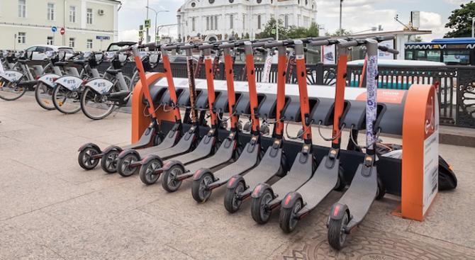 Повечето хора в Германия са скептични спрямо електрическите скутери въпреки