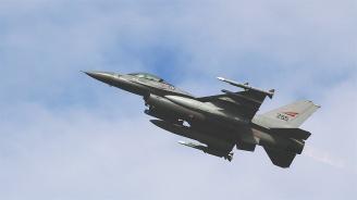 Елена Поптодорова: И двете страни в сделката за F-16 искат тя да е успешна