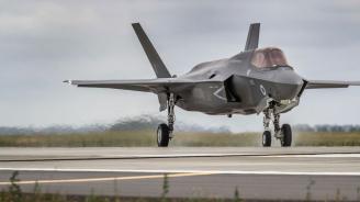 Турски пилоти вече не участват в обучителните програми с изтребители Ф-35 в щата Аризона