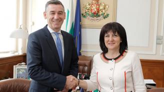 Цвета Караянчева: България ще продължи да подкрепя усилията на Косово за присъединяване към Европейския съюз