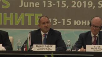 Румен Радев: Днес информацията е най-изобилната, но и най-дефицитната стока