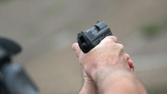 Полицай простреля жена си след кавга, после се самоуби