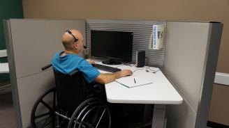 Адаптират работни места за хора с увреждания за 10 000 лева