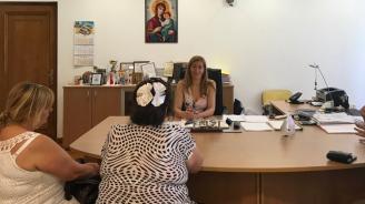 Ангелкова: Започват проверки за нерегламентирана туристическа дейност в подкрепа на бизнеса, който работи по високи стандарти