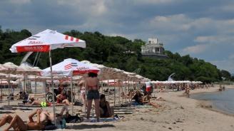 Държавата осигури спасители за 9 неохранявани плажове в Бургаско