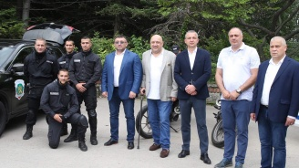 Красен Кралев и Младен Маринов присъстваха на концерт в подкрепа на деца и семейства на загинали и пострадали служители на МВР