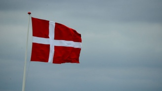 Дания празнува 800-годишнина на националния си флаг