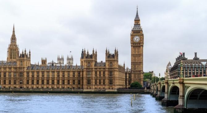 Претендентите за поста на Тереза Мей като лидер на британската