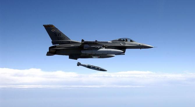 Купуването на изтребители F-16 е стратегическо решение, свързано с преструктуриране