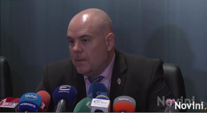 Кметът на Костенец е разследван по основното направление – обещано