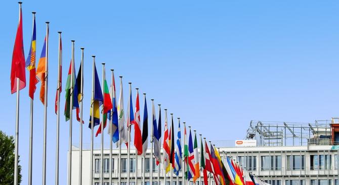 На Съвета на Европейския съюз седем страни-членки са били против