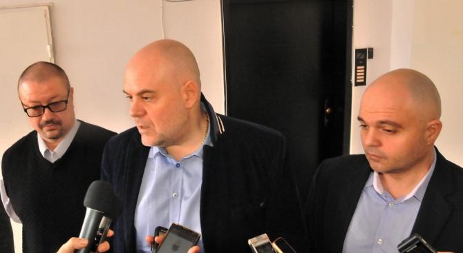 Петима арестувани от клана Дренчовците при спецакцията срещу лихварите в Берковица