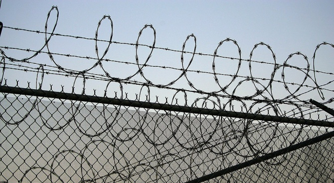 Двама литовци бяха осъдени днес на по четири години и