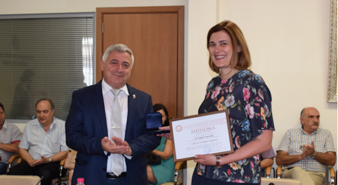 Заместник-министърът на образованието и науката Карина Ангелиева е имала днес