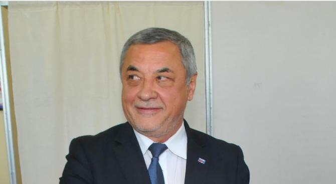 Хотелиери и неправителствени организации подкрепиха Валери Симеонов за приетия Закон за защита от шума