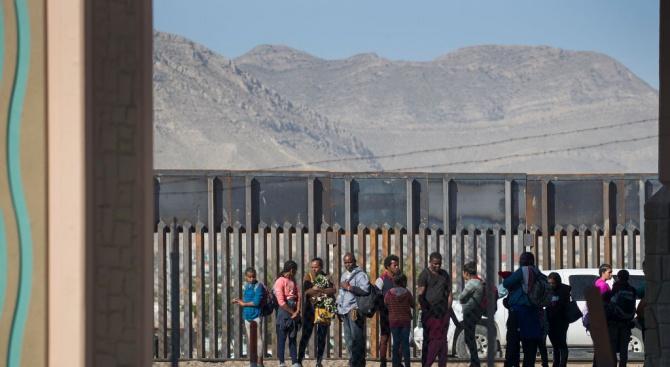 Американските имиграционни власти планират да предприемат в неделя мащабна операция