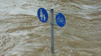 Силните бури причиниха наводнения и сериозни щети в много части на Европа
