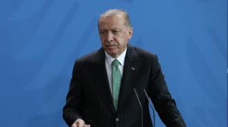 """Ердоган определи като """"мъченик"""" бившия египетски президент Мохамед Морси"""