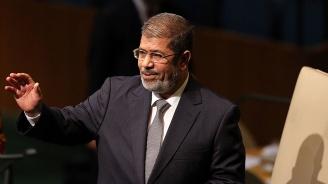 Бившият египетски президент Мохамед Морсипочинал от сърдечен удар