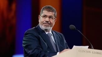 Мохамед Морси бе погребан в Кайро