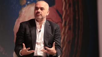 """""""Билд"""" публикува подслушани разговори, изобличаващи албанския премиер"""