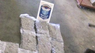Откриха близо 9 кг марихуана в турски ТИР на Капитан Андреево