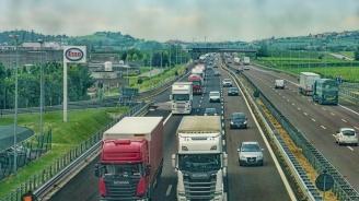 Два български ТИР-а се сблъскаха в Румъния, единият шофьор е загинал