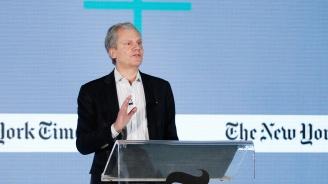 Собственикът на Ню Йорк таймс: Доналд Тръмп демонизира журналистите ни