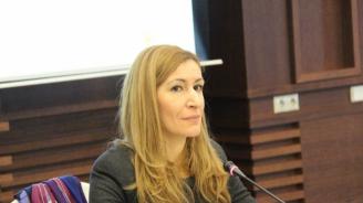 Министър Ангелкова разпореди проверка на плаж Камчия