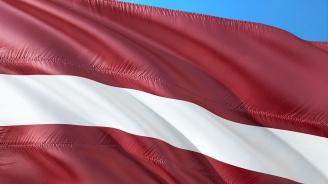 Латвия забранява носенето на съветски и нацистки униформи на публични места