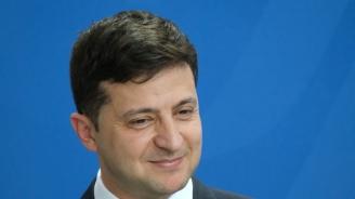 Партията на Зеленски се надява новият парламент да открие пътя за назрели реформи в Украйна