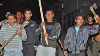 Две цигански фамилии си спретнаха масово сбиване в село Розино