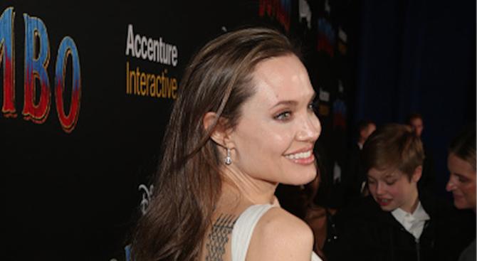 Анджелина Джоли постепенно изоставя актьорската си кариера в полза на