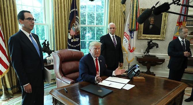 Президентът на САЩ Доналд Тръмп подписа указ за налагането на