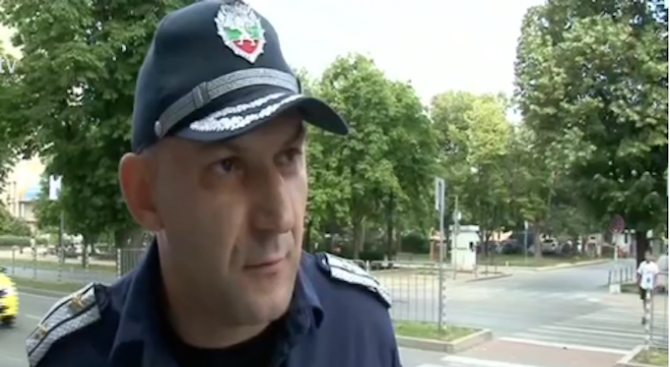 "Варненци искат да се изгради пешеходен светофар на бул. ""Осми"
